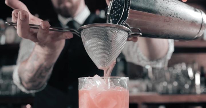 Dicas de bartenders para preparar um bom drink